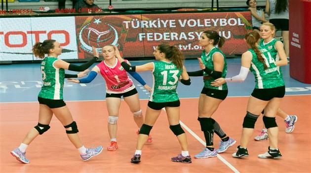 Bursaspor VakıfBank'a Şans Tanımadı