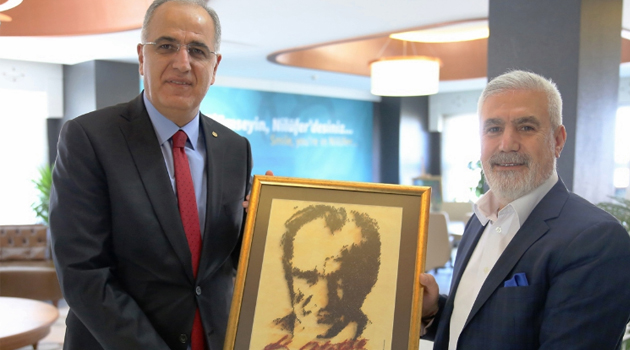 Mehmet Akif Üstündağ'dan Ziyaret