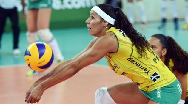 Paula Pequeno, Bauru ile anlaştı