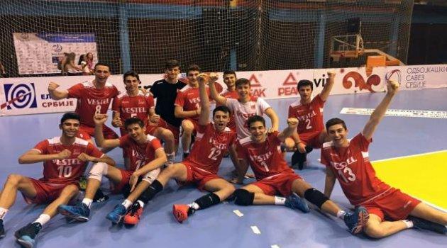 Balkan Şampiyonası'nda Yarı Finaldeyiz